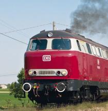 Am 29. Juli 2009 fuhr die 216 001 in DB-Lackierung einen Foto-Güterzug von Reggio Emilia nach Dinazzano und zurück Foto: Matthias Boerschke