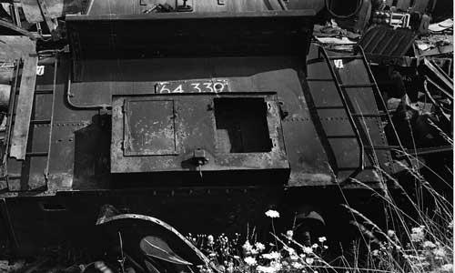 64 449 mit einem Personenzug nach Crailsheim in Laudenbach (Württ) am 5. Mai 1967Foto: E. Fischer/Slg. GeraMond
