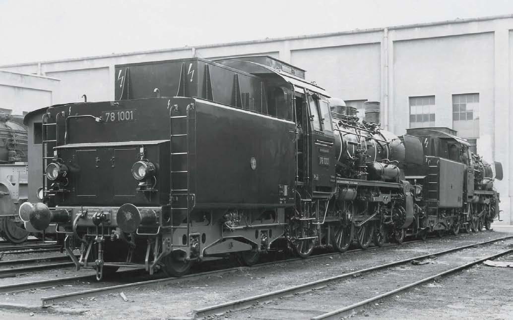 Sahen richtig schnittig aus: 78 1001 und 1002 bei Krauss-Maffei im März 1951 (BILD: Werkfoto Krauss-Maffei/Slg. Andreas Janikowski)
